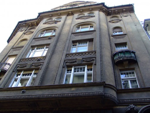 - Fifth Hostel Budapest
