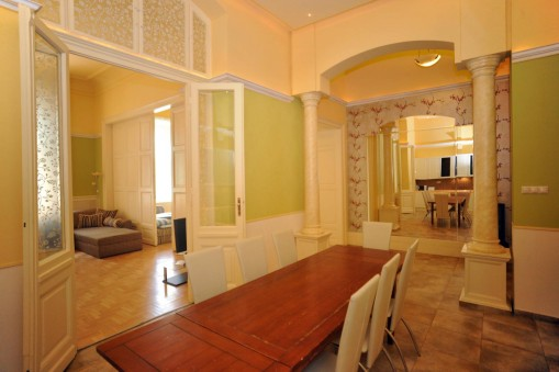 - Central Apartments for Friends and Families Budapest