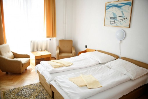 - Bara Guest House Budapest